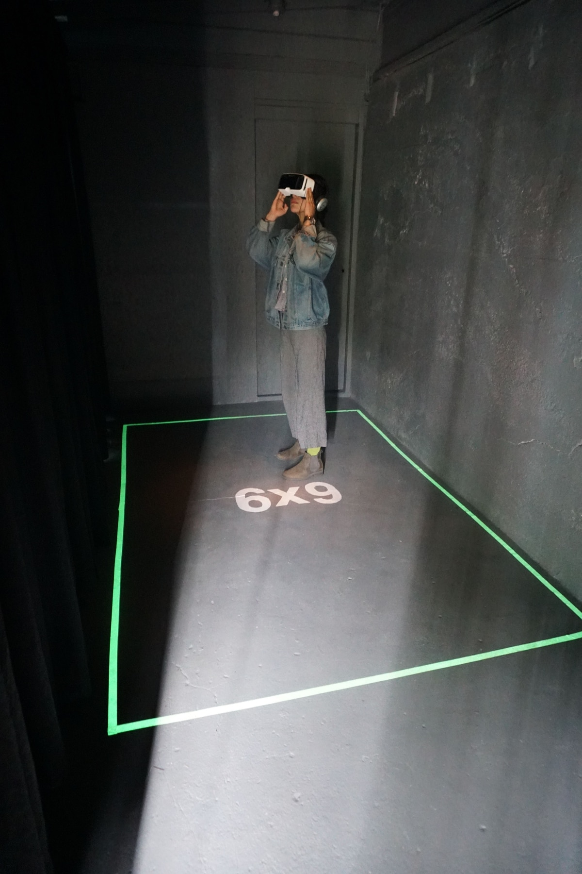 A VR Program That Attempts to Replicate the Experience of