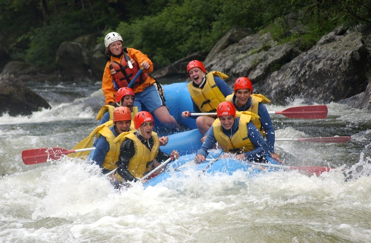 Rogue River Rafting Whitewater Trips in Oregon - Orange ...