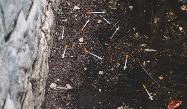 Discarded sharps in Old Town. (Daniel Stindt)