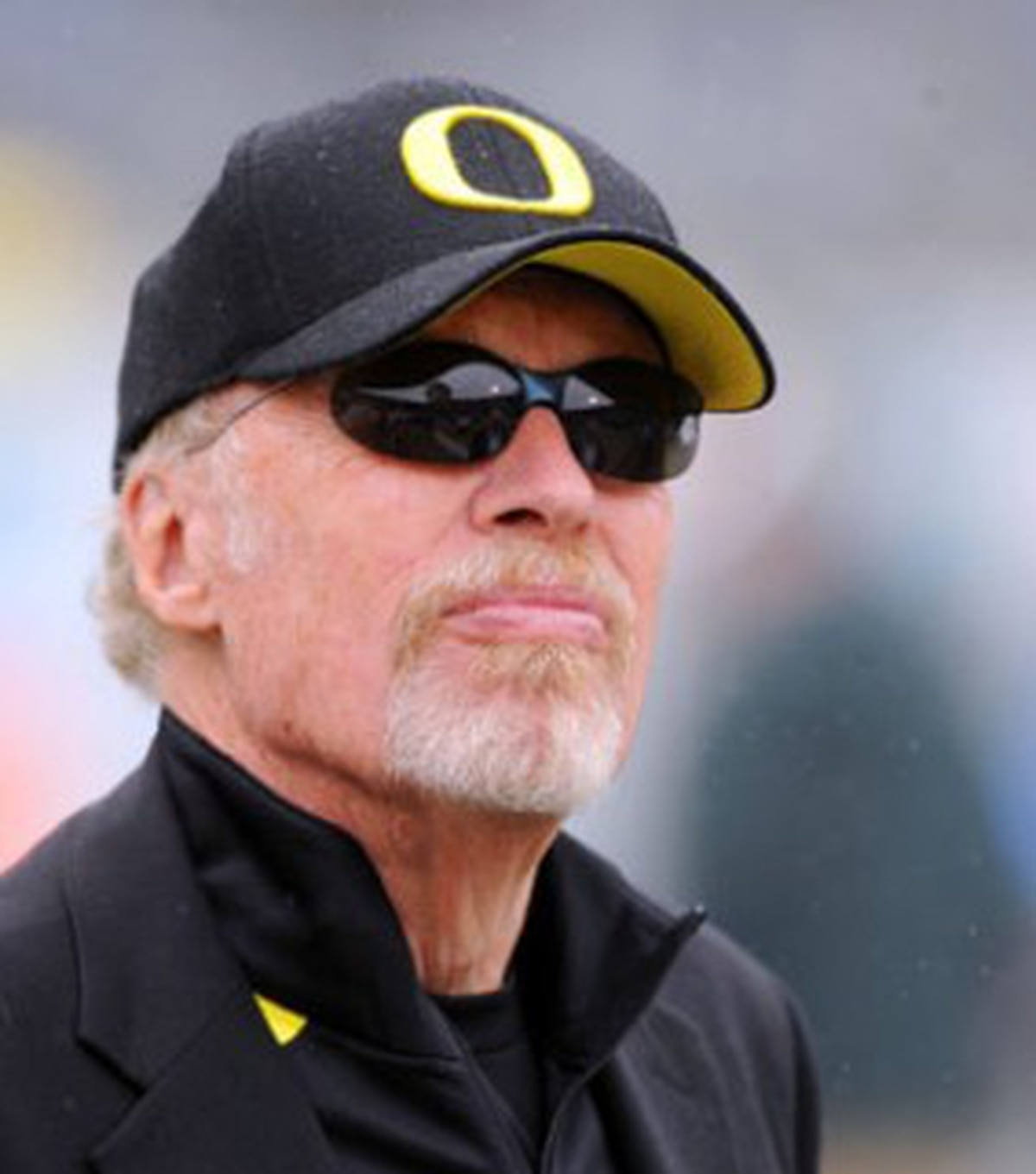 phil knight leadership style Leadershiptheory and behavior brinker's charismatic style of leadership also enables her to motivate others to support the cause through phil knight.