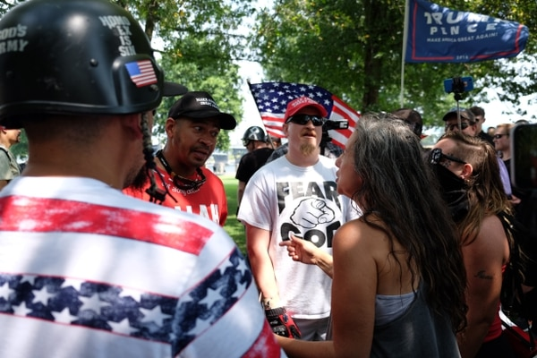 Protests at Tom McCall Waterfront Park on Aug. 6, 2017. (Daniel Stindt)