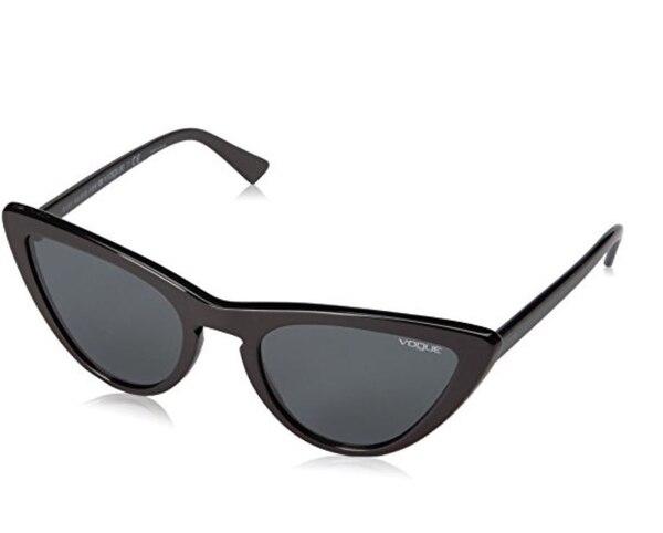 (Vogue Sunglasses)