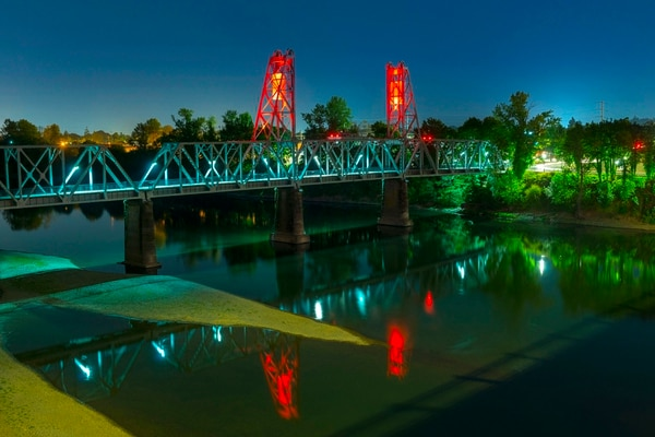 Union Street Railroad Pedestrian & Bicycle Bridge. (Oregon Department of Transportation)