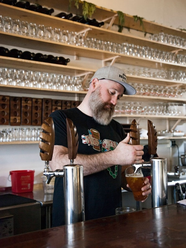 The 10 Best and Most Iconic Beer Bars in Oregon ...