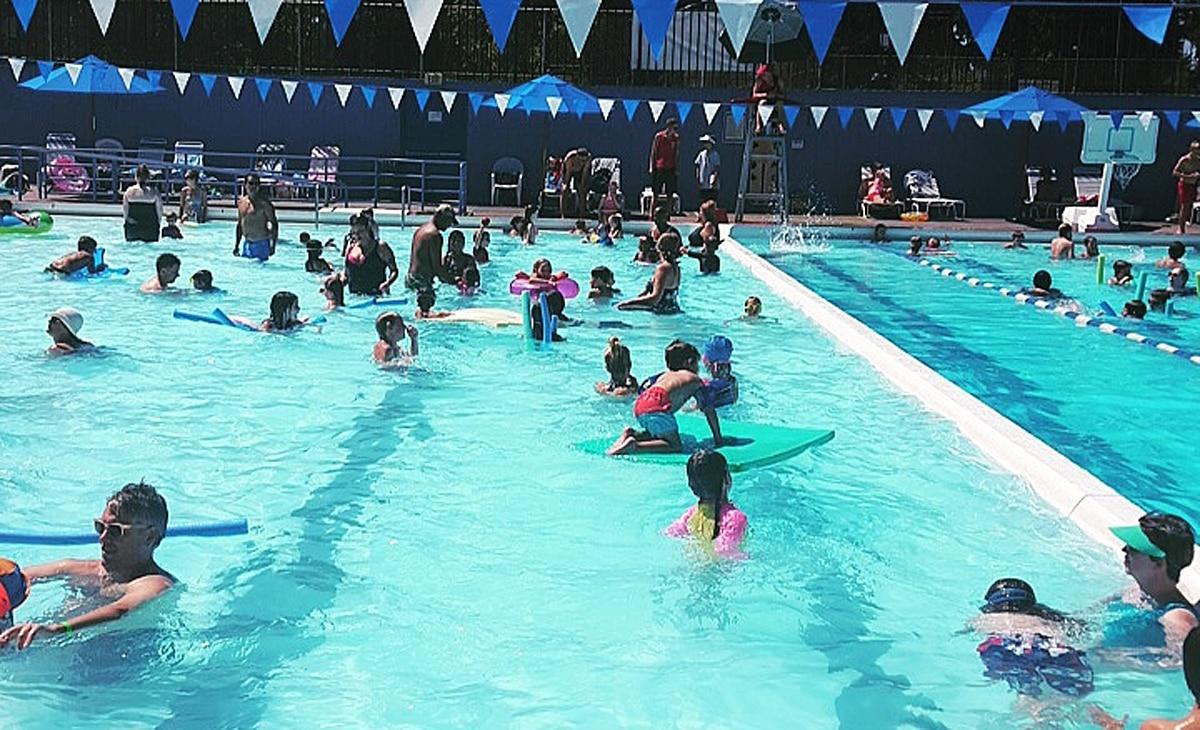 Swim in portland 39 s public outdoor pools willamette week Best swimming pools in portland oregon