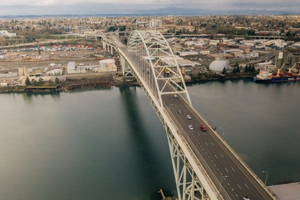 OPEN ROAD: The rush-hour commute March 26 saw the Fremont Bridge nearly empty. (Henry Cromett)