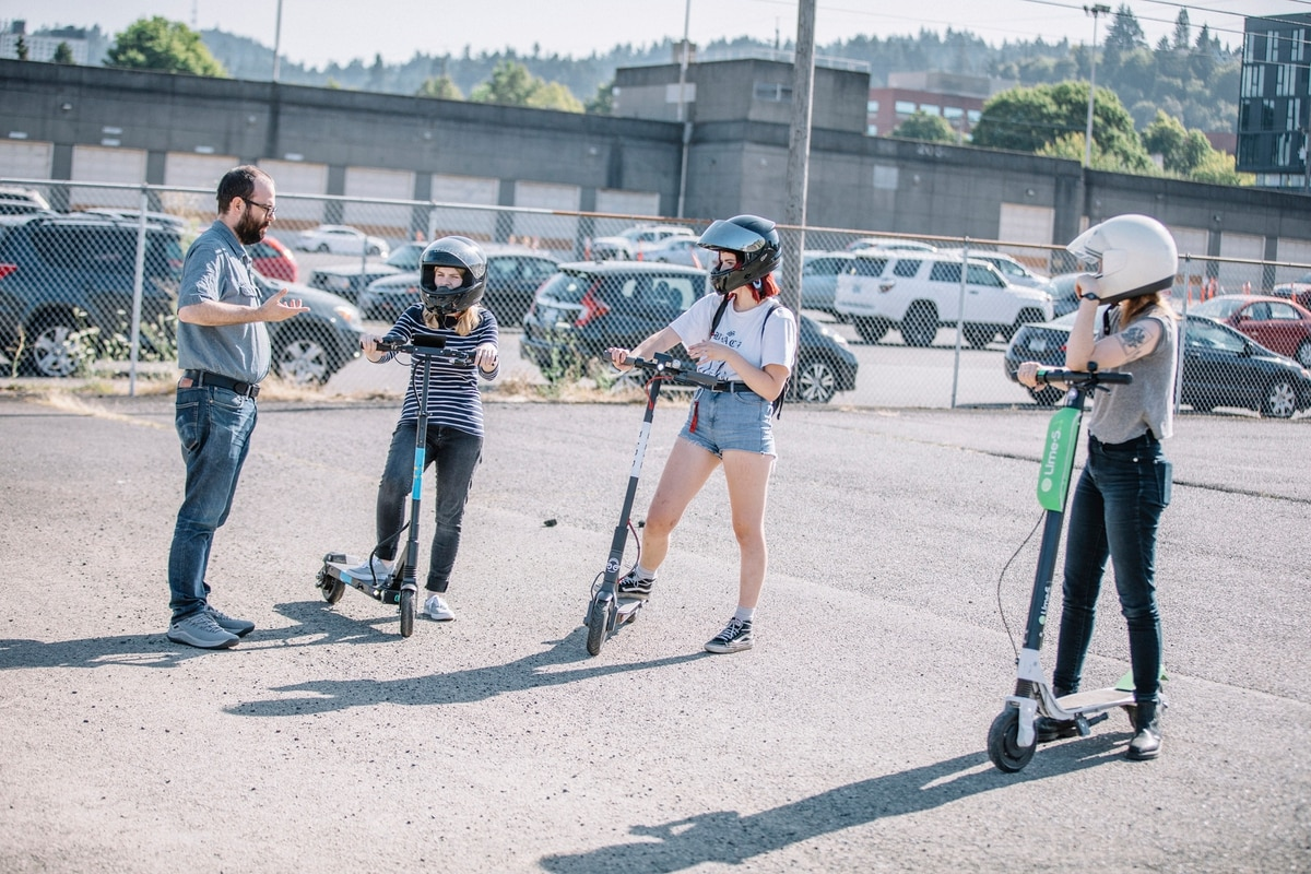 Which Portland E Scooter Is The Fastest We Raced Them Willamette