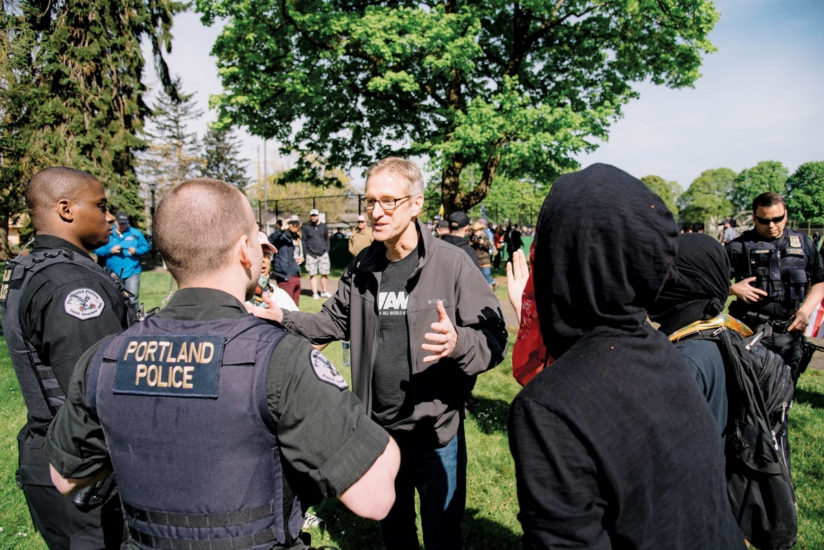 Portland mayor aims to nix rally after fatal stabbings