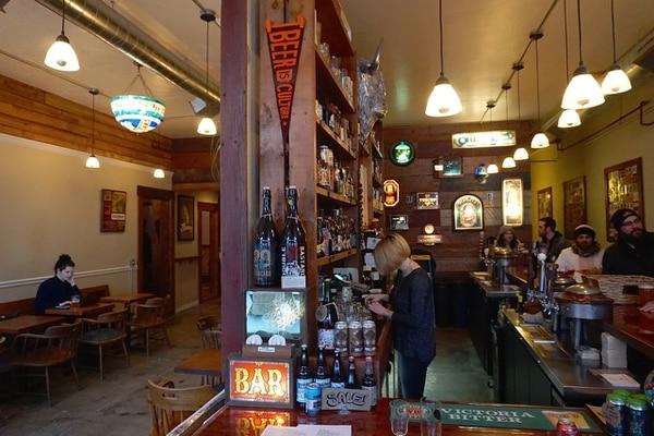 Beer, the bar (Ezra Johnson-Greenough)