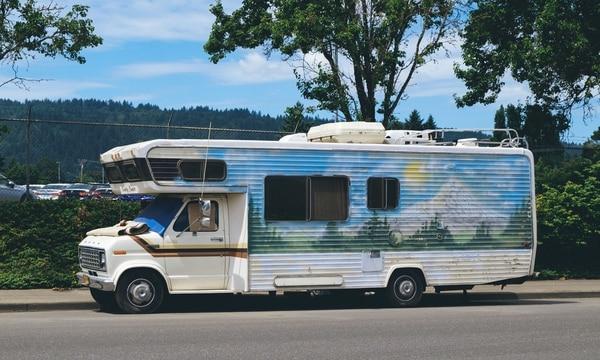 Sheila Fitch's Country Camper (Daniel Stindt)