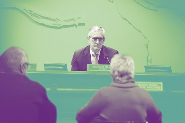 Mayor Charlie Hales at City Council (Adam Wickham)