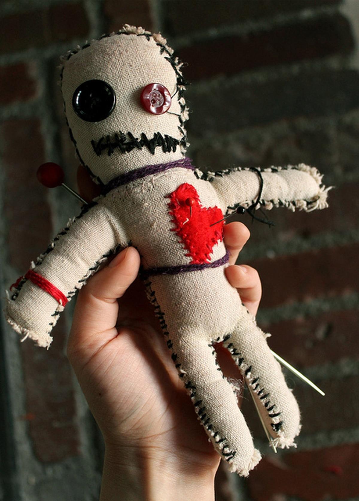 Как сделать куклу вуду тряпичную