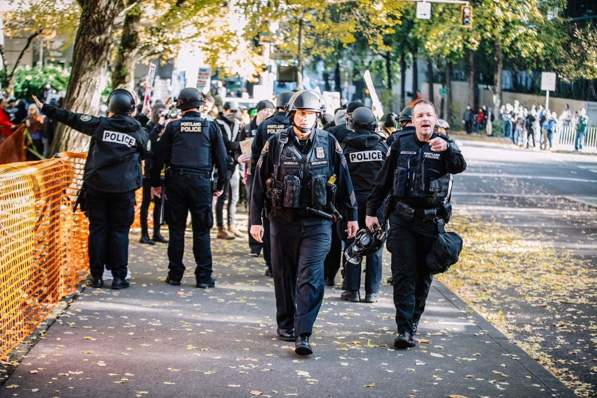 Police Direct Protesters In Downtown Portland On Nov 17 2018 Sam Gehrke