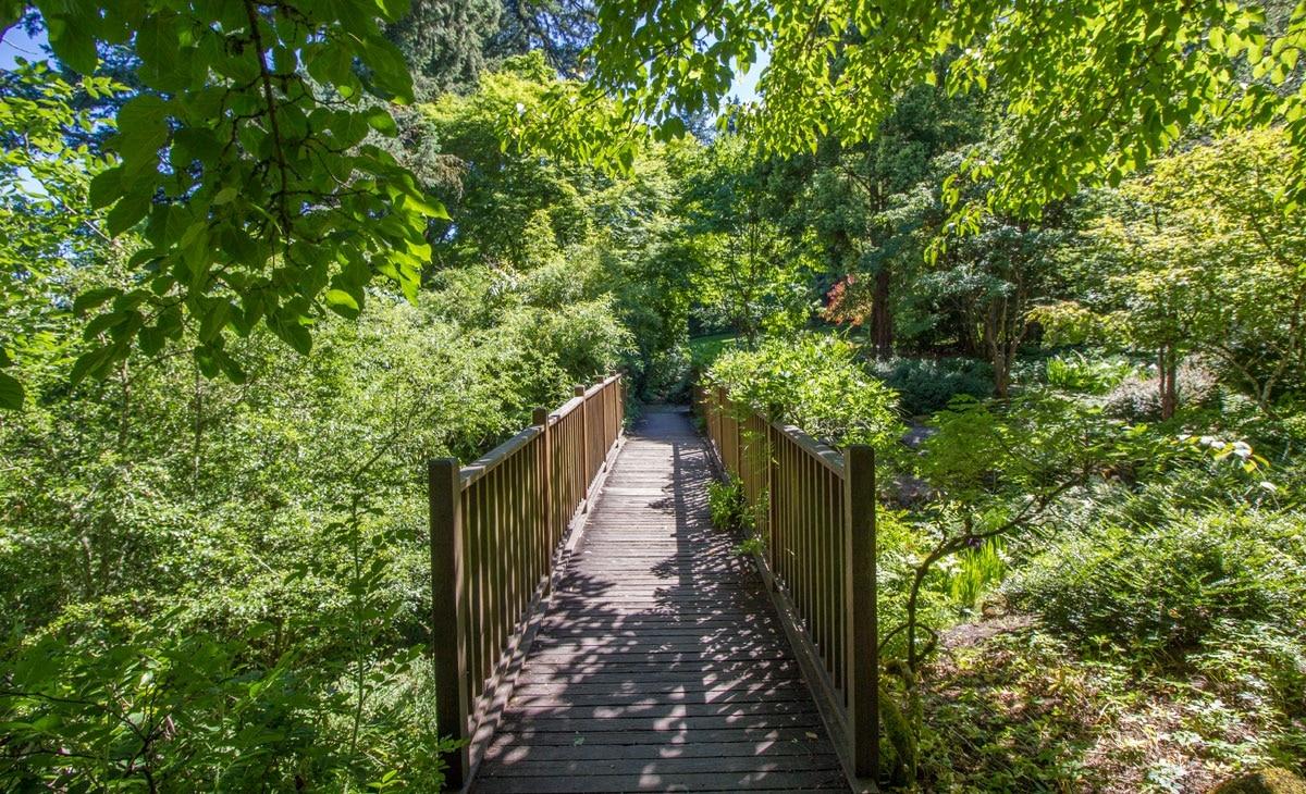 In The Portland Area S Wealthiest Neighborhood Lies A Hidden Public Scottish Garden As Large As