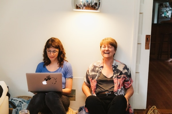Quasar co-founders Stephanie Raven (left) and Andrea McBeth (right).