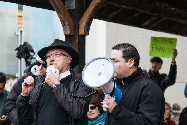 Activists protest the arrest of Francisco J. Rodriguez Dominguez. (Emily Joan Greene)
