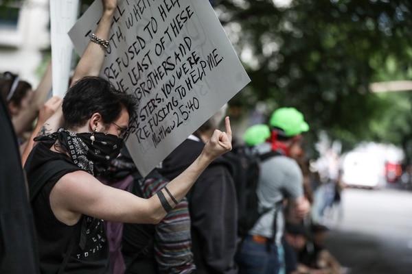 Antifascist protester at dueling Portland protests on June 30, 2018. (Sam Gehrke)