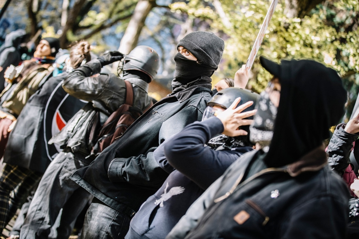 Despite A Few Small Skirmishes, Saturday's Protests Show Portland Police Can Keep Warring Protesters Apart