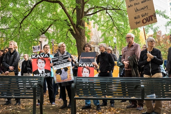 A Portland protest of Judge Brett Kavanaugh outside the Multnomah County Courthouse on Oct. 4, 2018. (Thomas Teal)