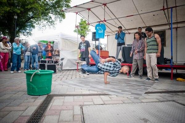 Pre-pandemic breakdancers at Portland Saturday Market. Photos courtesy of Saturday Market.