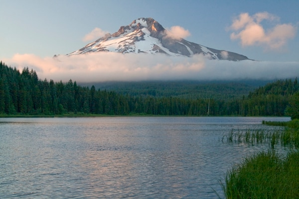 Mount Hood, viewed from the south at Trillium Lake. (Photo by zircon100 /Flickr)