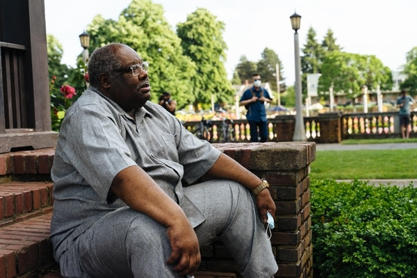 Pastor Tate was one of the first speakers at the vigil. (Alex Wittwer)