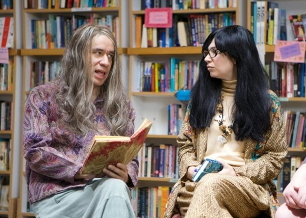 "Fred Armisen (left) and Carrie Brownstein as the proprietors of the fictional feminist bookstore portrayed by In Other Words on ""Portlandia."""