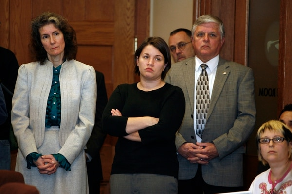 Commissioner Amanda Fritz (left) and Adams aide Amy Ruiz (center) at the Jan. 20, 2009, press conference at City Hall where Adams apologized for the Breedlove scandal. (Vivian Johnson)