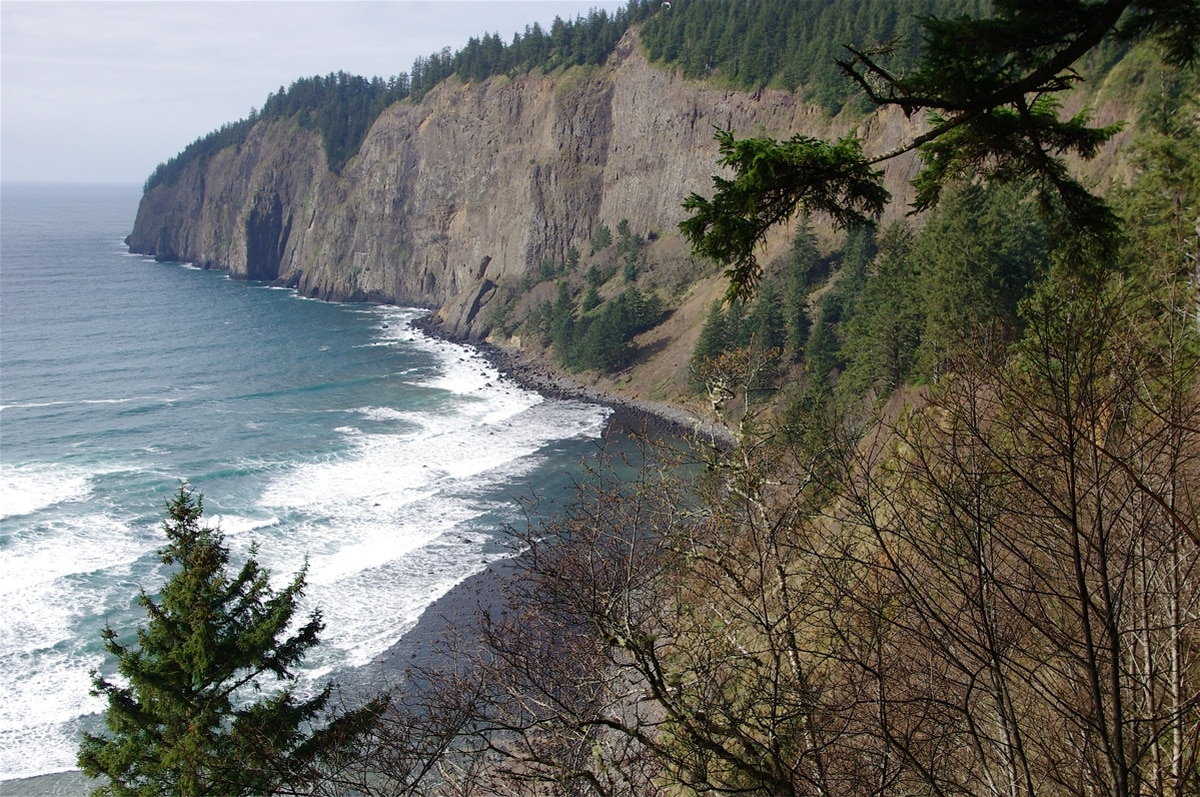 Oregon State Parks Are Reopening to Campers This...