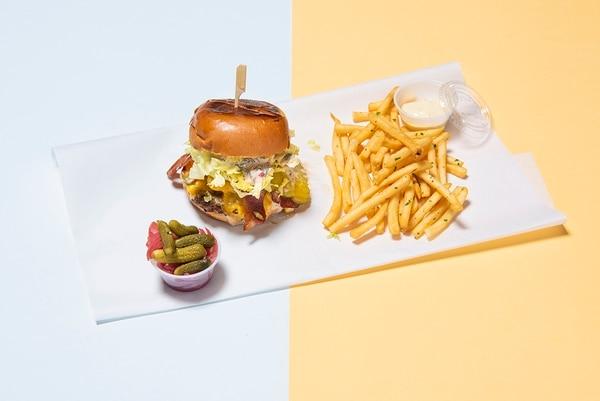 St. Jack's Burger & Fries ($14) (Thomas Teal)