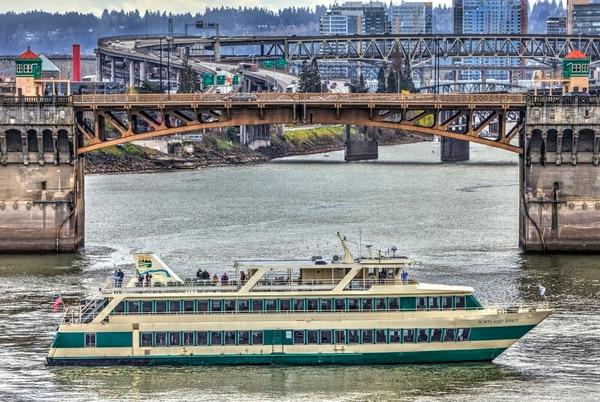 Portland Spirit (Ian Sane / Flickr)