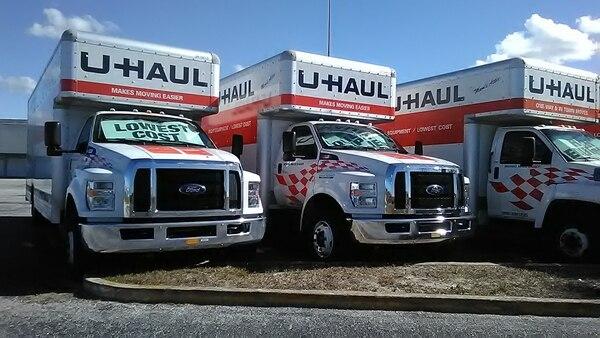 U-Haul moving trucks (Daniel Oines/Flickr)