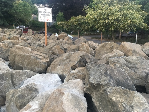 Boulders placed by ODOT at Southwest Montgomery Street and 14th Avenue. (WW staff)