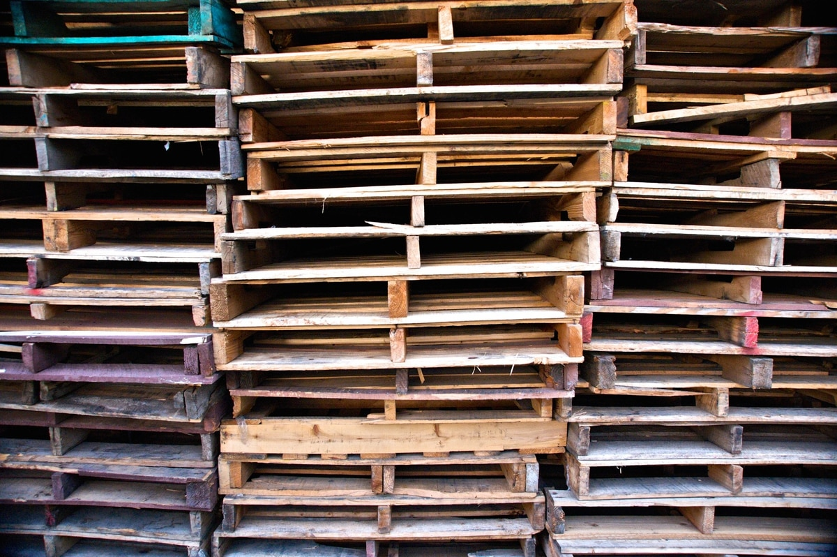 I Regularly See Trucks Carrying Piles Of Wooden Pallets Whats The