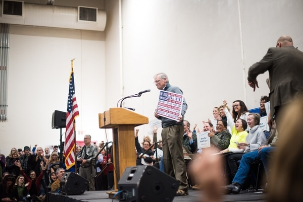 U.S. Rep Earl Blumenauer at a rally to save Obamacare on Jan. 15, 2017. (Joe Riedl)