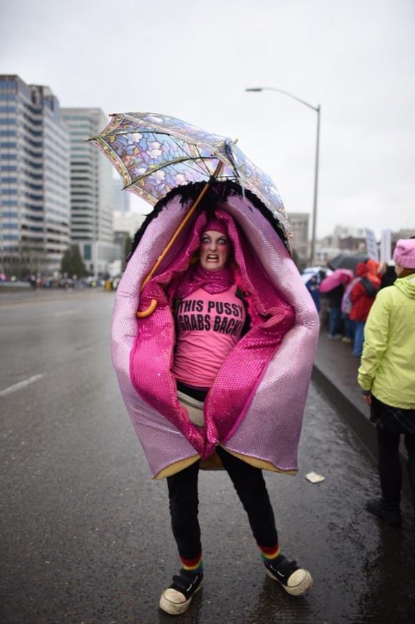 Women's March on Portland. (Joe Riedl)