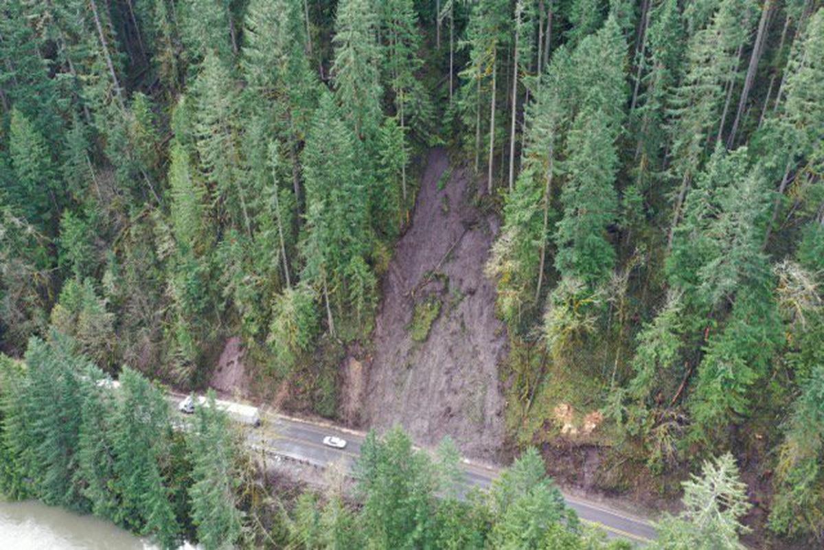 Heavy Rains Cause Landslides on Highways Across Oregon